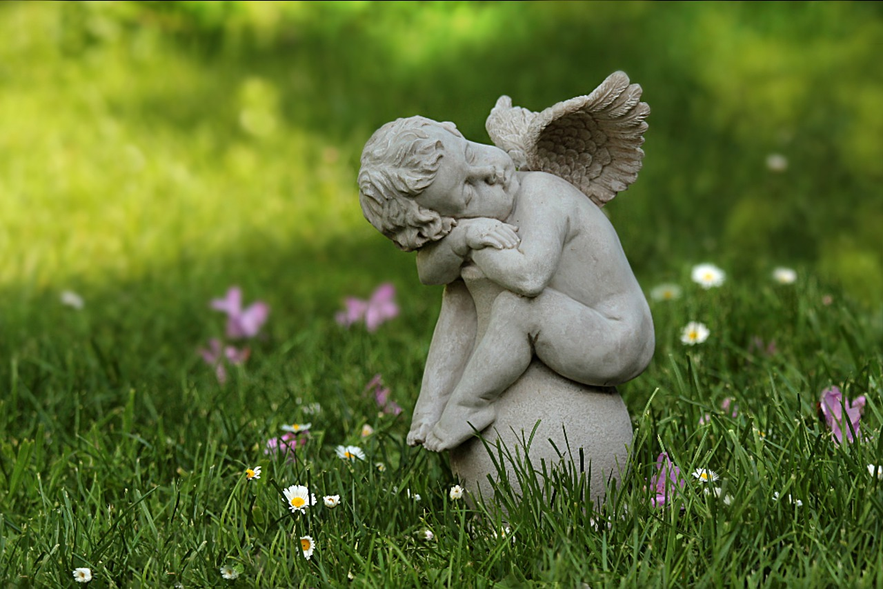 Angel Still Life Guardian Angel  - Oldiefan / Pixabay